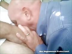 Max Magnummann Doin a Fastened Pauper